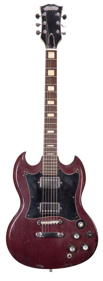 Lot Number 36. 1970s Avon Model 3404 electric guitar, made in Japan. Auctioned at The Guitar Auction on 11th March 2020