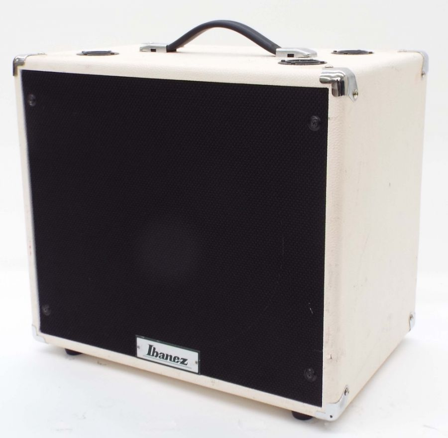 Lot Number 565. Ibanez TSA112C 1 x 12