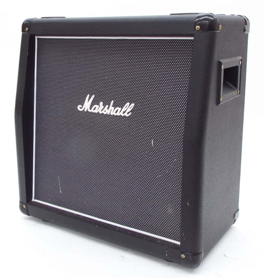 Lot Number 572. Marshall model MHZ112A 1 x 12