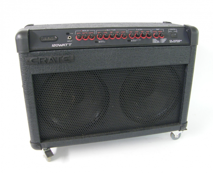 Lot Number 314. Crate GLX1200H solid state 120w guitar amplifier, with foot switch and dust cover, appears to be in working order. Auctioned at The Guitar Auction on 10th March 2016