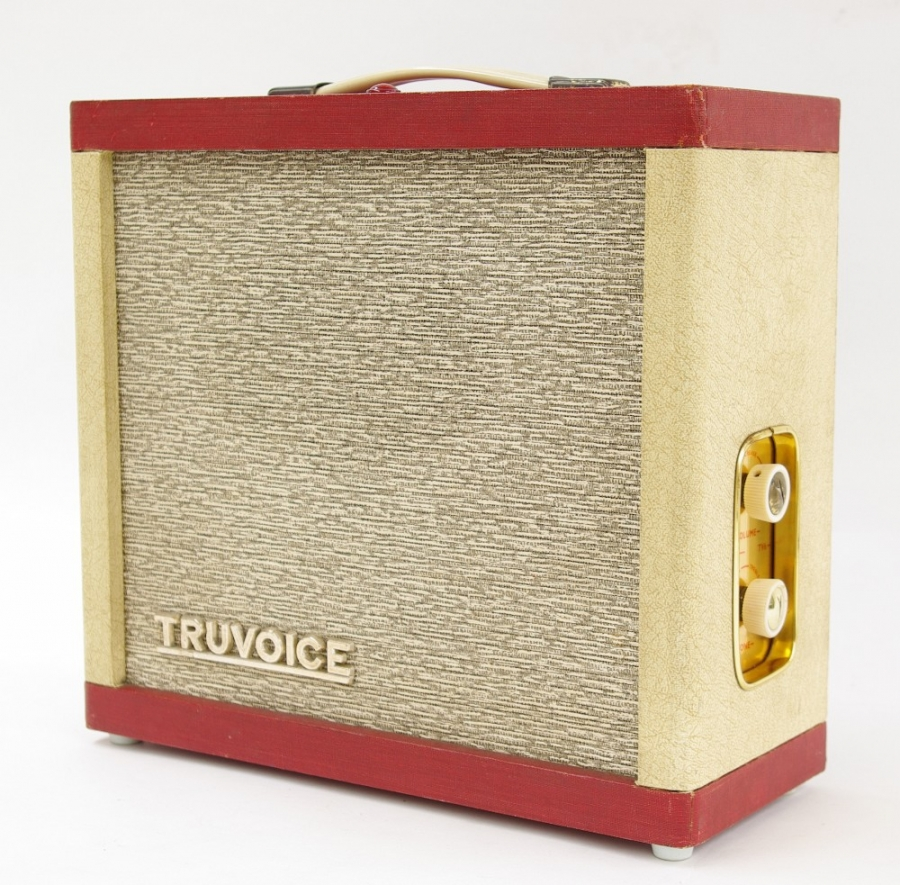 Lot Number 666. 1960s Selmer Truvoice TV6 guitar amplifier, made in England, ser. no. 6/2732. Auctioned at Memorabilia, Guitar Amps, Effects & Audio Including the Pete Overend Watts Collection on 14th March 2019
