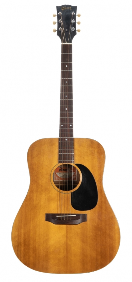Lot Number 162. Early 1970s Gibson J-40 acoustic guitar, made in USA, ser. no. 6xxxx0. Auctioned at The Guitar Sale on 12th June 2019