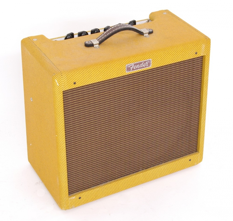 Lot Number 839. Fender Limited Edition Blues-Junior guitar amplifier, made in Mexico, ser. no. B-326648. Auctioned at Memorabilia, Guitar Amps, Effects & Audio on 13th June 2019