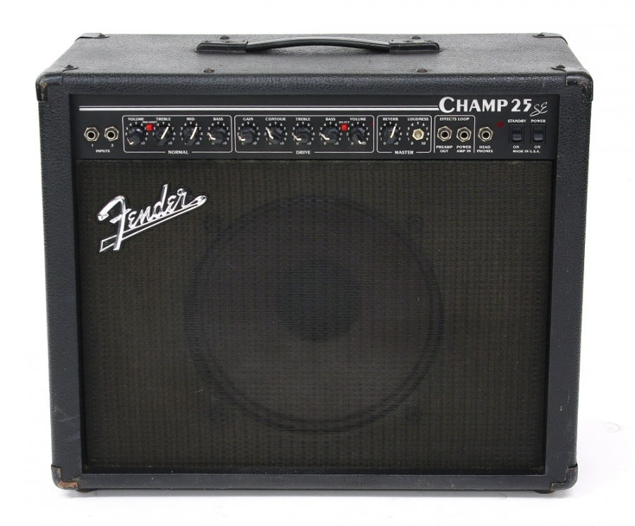 Lot Number 615. Fender Champ 25 SE guitar amplifier, made in USA, ser. no L0-519952, generally in good condition and in working order. Auctioned at The Guitar Auction - Including Music Memorabilia on 12th September 2018